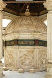 Alabaster- Ablutionspringbrunn Arkivbild
