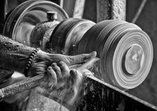 Alabaster- drejbänk i medeltida by av Volterra (Italien) Royaltyfri Bild