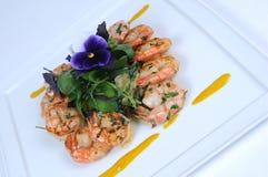 Alabote negro e camarões - refeição fina Imagem de Stock