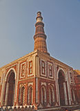 Alai-Darwaza e Qutub Minar, Delhi, India Fotografia Stock Libera da Diritti