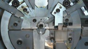 Alambre de metal que corta y de doblez Foto de archivo libre de regalías