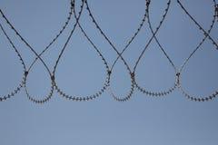 Alambre de púas en cárcel guardada de la prisión Fotografía de archivo libre de regalías