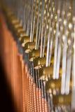 Alambre de piano - vertical foto de archivo