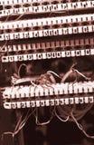 Alambres de teléfono de ?onnect Imágenes de archivo libres de regalías