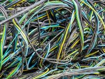 Alambres y cables de los espaguetis anudados Imagen de archivo libre de regalías