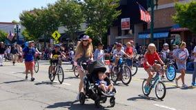 Alameda 4-ое парада 2017 в июле стоковая фотография