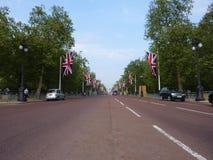 A alameda com bandeiras 26 abril 2011 Imagens de Stock Royalty Free