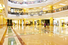 Alameda de compras, 1Utama, Malasia Foto de archivo