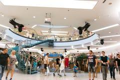 Alameda de compras de Debrecen del foro Fotos de archivo libres de regalías