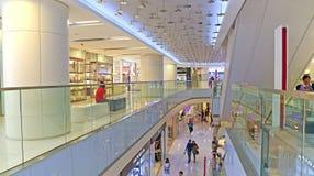 Alameda de compras de Isquare, Hong-Kong Foto de archivo libre de regalías