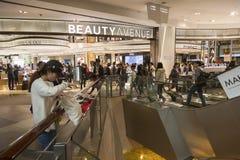 Alameda de compras del lugar de Langham en Hnng Kong Fotografía de archivo libre de regalías
