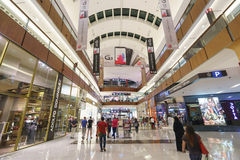 A alameda de Dubai Foto de Stock Royalty Free