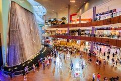 Alameda de Dubai, Dubai, UAE Imagens de Stock Royalty Free