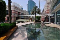 Alameda de la ciudad del festival de Dubai afuera foto de archivo