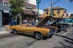 Alameda parkerar den klassiska Car Show 2014 för gatan Arkivfoto