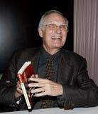 Alan Alda на подписании книги стоковая фотография rf