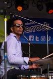 Alan Evans von Soulive durchführend bei Riverrock lizenzfreies stockfoto