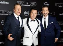 Alan Tudyk, Donnie Yen et Diego Luna Image stock