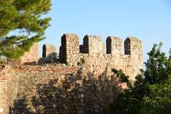 alanya城堡世纪海岸堡垒片段找出地中海山海运顶层火鸡xiii 塔,海岸 免版税库存图片