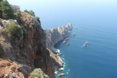 alanya城堡世纪海岸堡垒片段找出地中海山海运顶层火鸡xiii 库存照片
