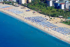 Alanya cityscape. Cleopatras strand Royaltyfri Foto