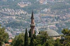 Alanya - die Moschee und das Minarett auf dem Schlosshügel Stockbild
