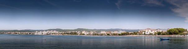 Alanya nautique de course d'île de rivage extérieur de côte, port, bateau, brise-lames Images libres de droits