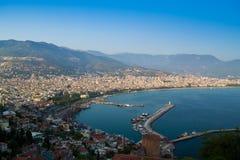 Alanya półwysep, Alanya, Turcja Turystów statki na morzu śródziemnomorskim Zdjęcie Stock