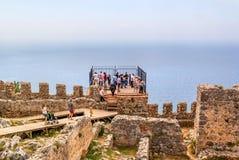 Alanya Turcja, Maj, - 01, 2015: Forteca Alanya w Turcja Obserwacja pokład na fortecznej ścianie Przy Obrazy Stock