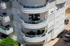 Alanya, Turkije, Juli 2017: balkons en loggia's van Turkse hotels Stock Afbeelding