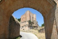 Alarcón Schloss, Spanien lizenzfreie stockbilder