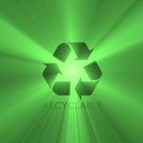 Alargamento Recyclable da luz verde do sinal Imagem de Stock Royalty Free