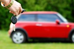 Alarma y un coche Imágenes de archivo libres de regalías