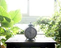 alarmowy dzwonu zegaru stary okno Obraz Royalty Free