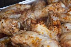 Alas de pollo asadas a la parilla Fotografía de archivo