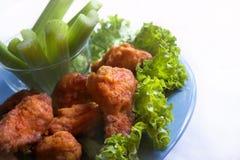 Alas de pollo frito foto de archivo libre de regalías