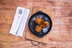 Alas del pollo en frito Imagen de archivo libre de regalías