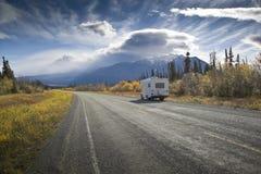 Alaska-Datenbahn nahe Zerstörungs-Schacht Lizenzfreies Stockbild