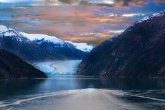 Free Alaska Glacier Under Vivid Sunrise Stock Photography - 146331312