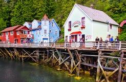 Alaska - het Huis van Dollys van de Straat van de Kreek, het Winkelen Stock Foto