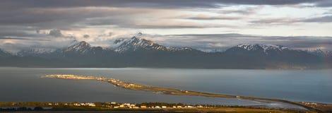 Alaska - homer mierzeja przy zmierzch panoramą zdjęcia royalty free