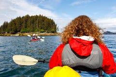 Alaska - Kayaking nära Homer Alaska royaltyfria foton