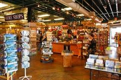 Alaska Ketchikan shoppar det bryta företaget inre Fotografering för Bildbyråer