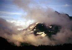 Alaska, niebla de la mañana fotografía de archivo libre de regalías