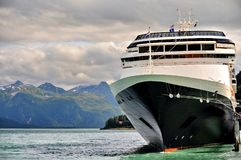 Alaska van de kant van een cruiseschip stock afbeelding