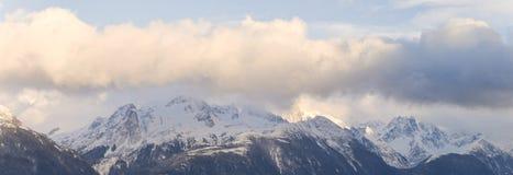 Alaskabo berg i vinter Royaltyfri Foto