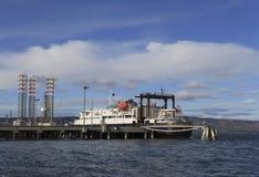 Alaskabo färja på skeppsdockan arkivbilder