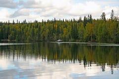 alaskabo lake Royaltyfri Bild