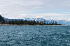 Alaskabo landskap av berg och vatten 2 Arkivfoto