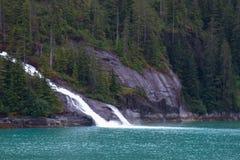 Alaskische Fjorde lizenzfreies stockbild
